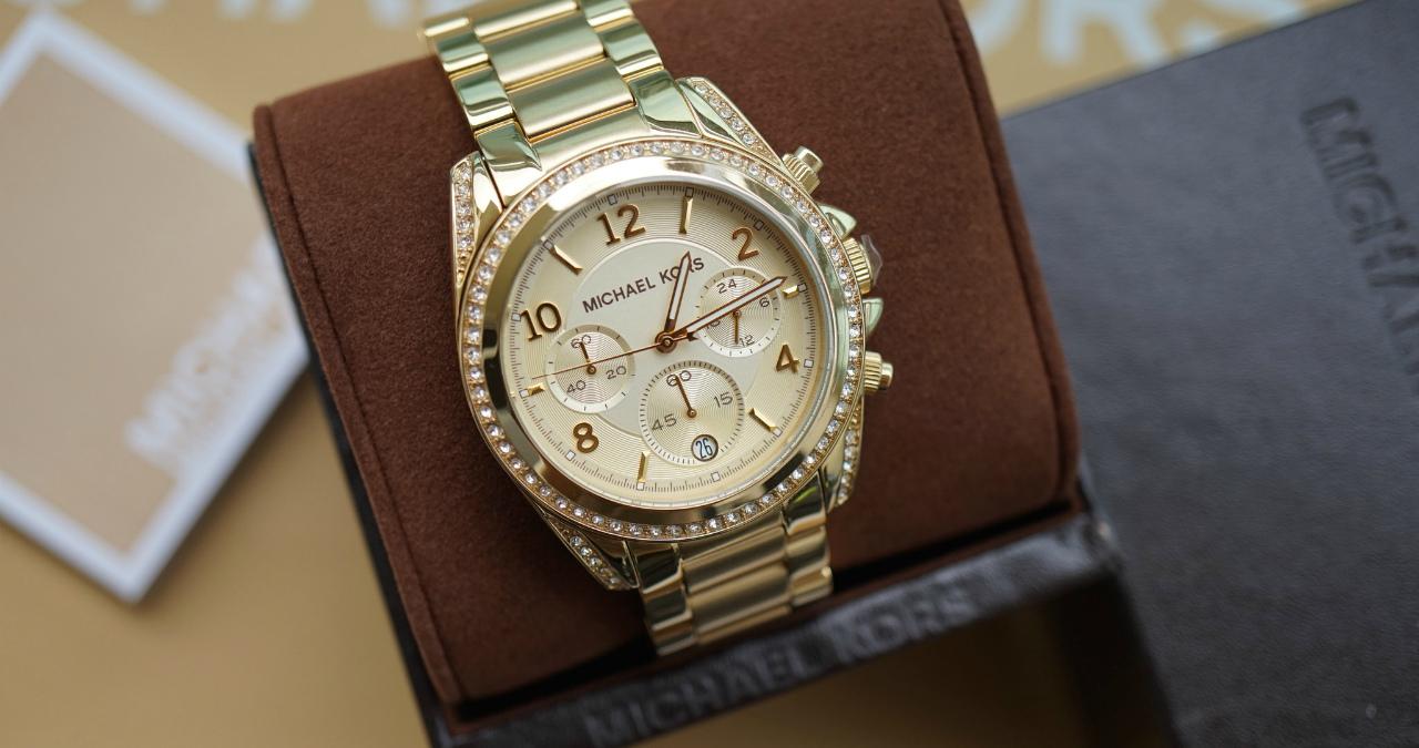 Купить наручные часы Michael Кors недорого